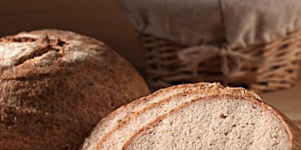 Paine din fainuri fara gluten cu maia- din faina de orez și migdale
