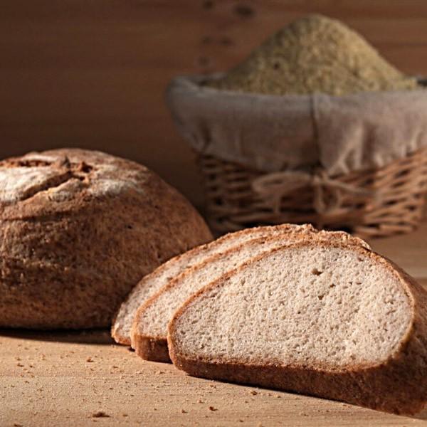 Paine din fainuri fara gluten cu maia- din faina de orez și migdale (1 buc.)