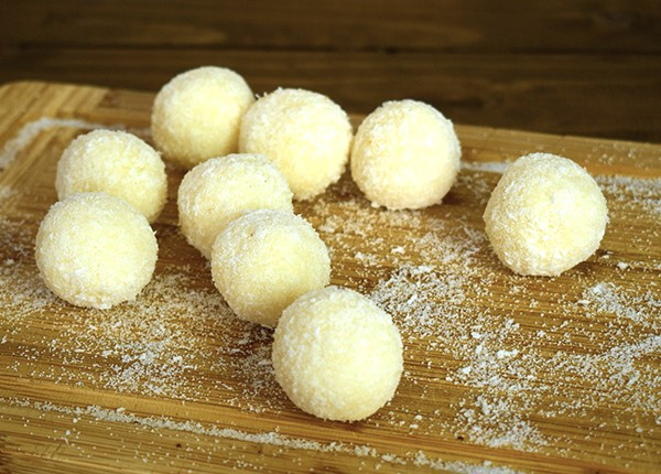 Bomboane din cocos (low carb) (500 g)