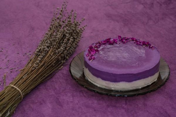 Lavander Cake (1 buc.)